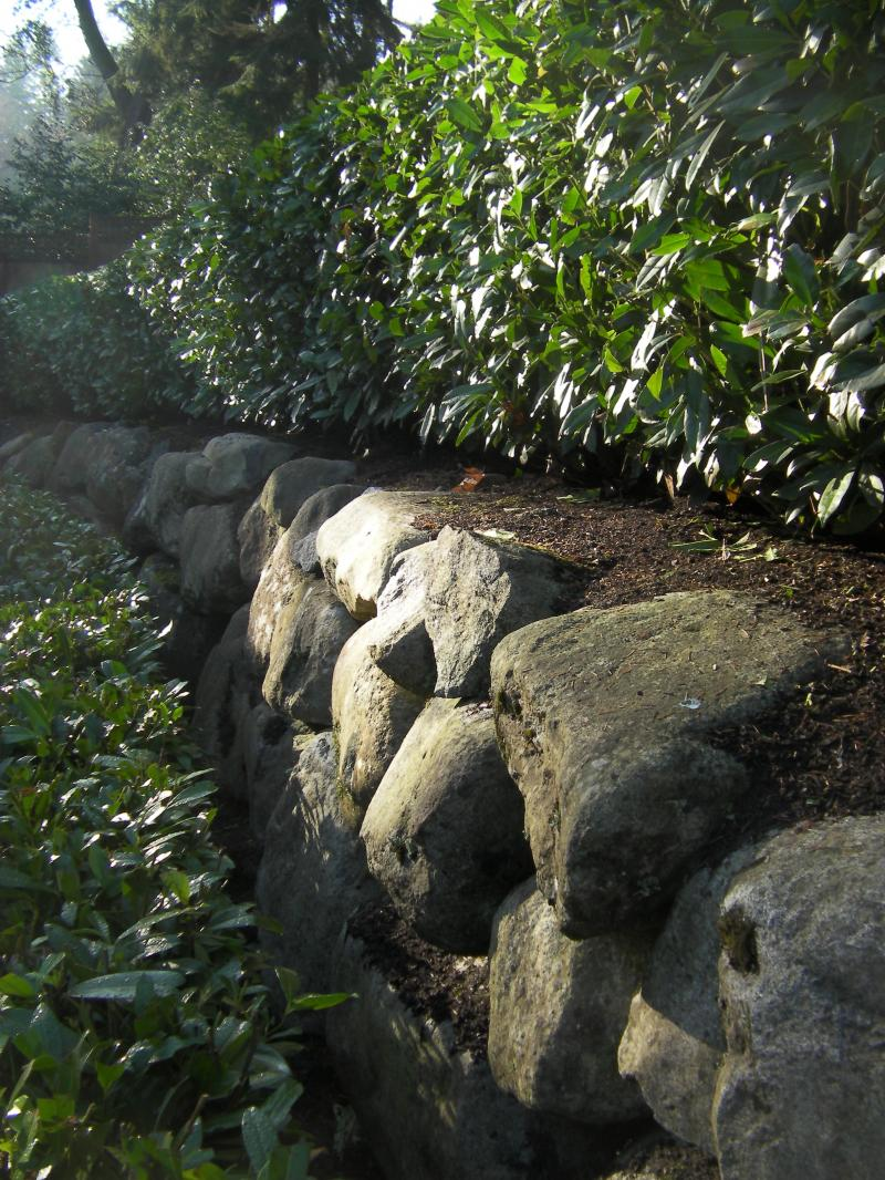Approx 1 man, 2 man and 3 man weathered Granite Boulders.  A favorite of the NW.